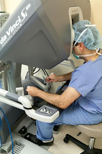 photo of robotic surgery